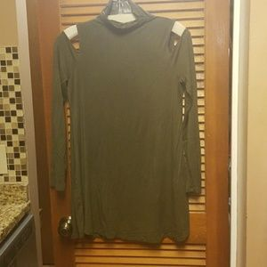 Neiman Marcus top, in green size small